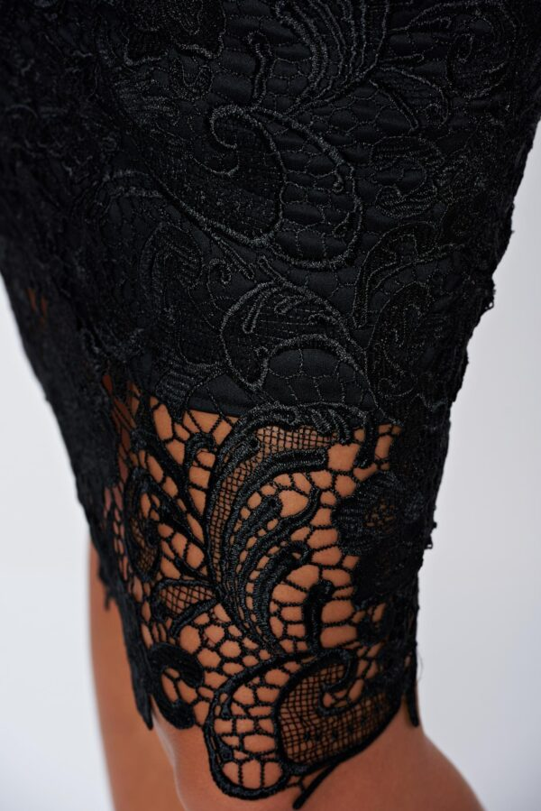 Black Elegant Laced Skirt With Inside Lining