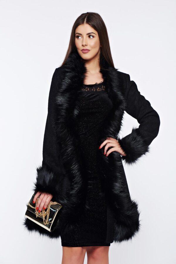 Black Elegant Coat Of Wool With Faux Fur Details