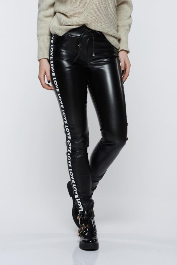 Black Trousers Casual With Medium Waist Of Ecological Leather